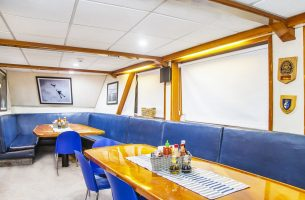 Plenty of space to gather in the dining room onboard the Nautilus Explorer.